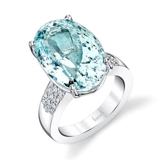 14Kt White Gold Bold Oval Aquamarine on a Pave Diamond Ring