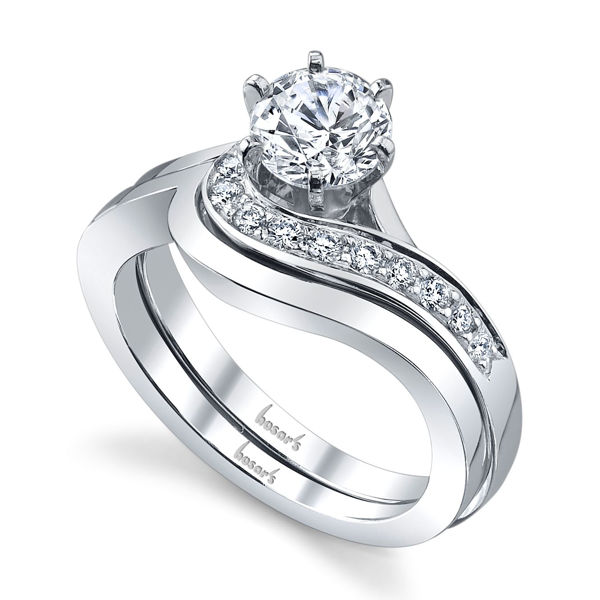 14Kt White Gold Flowing Diamond Engagement Ring