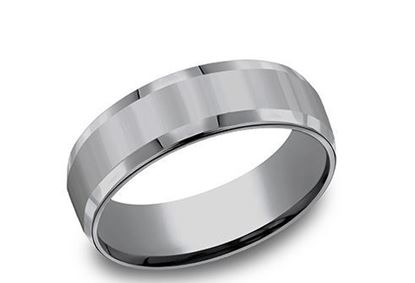 7mm Tantalum Band with a beveled edge