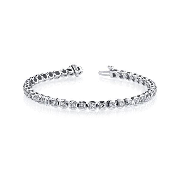 14kt White Gold Cushion Linked Diamond Tennis Bracelet