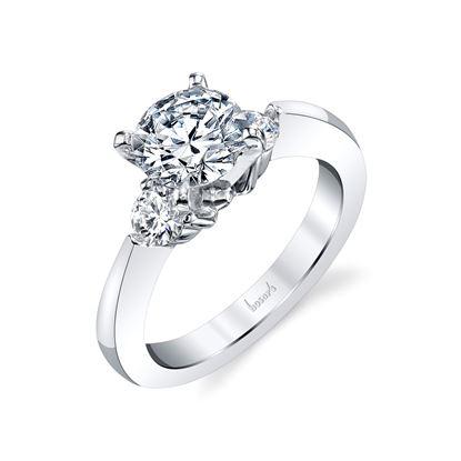 14kt White Gold Tapered Classic Three Stone Diamond Engagement Ring